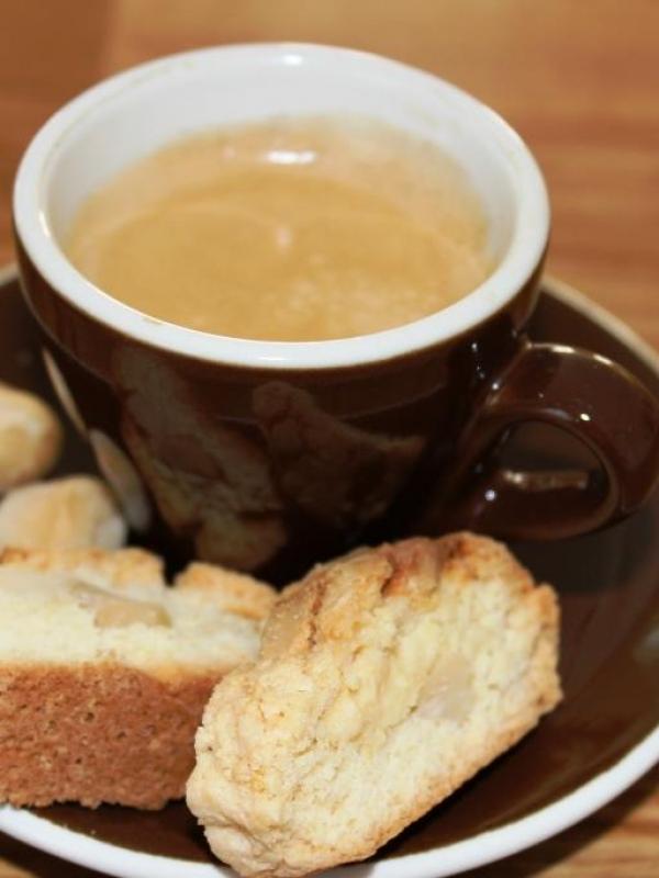 Urlaubserinnerungen: Macadamia Cantuccini mit weißer Schokolade