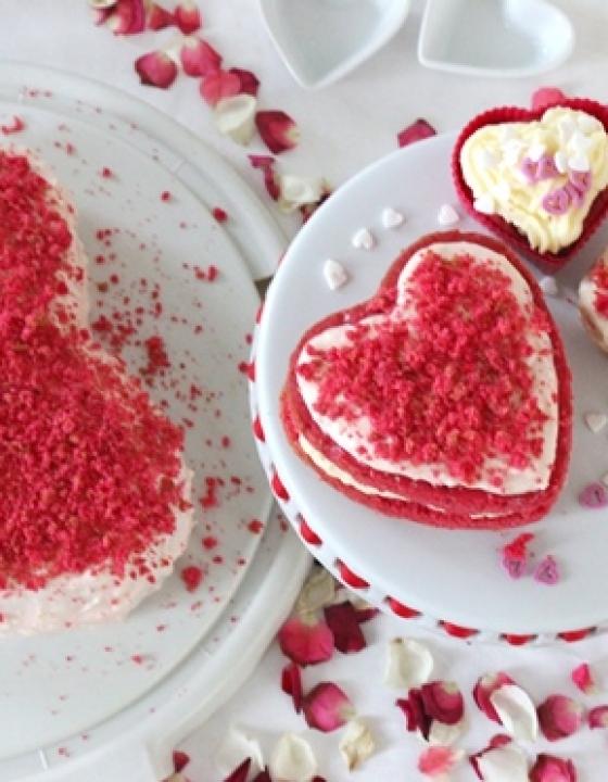 Valentinstag: Pink-Velvet-Herzen für den Liebsten