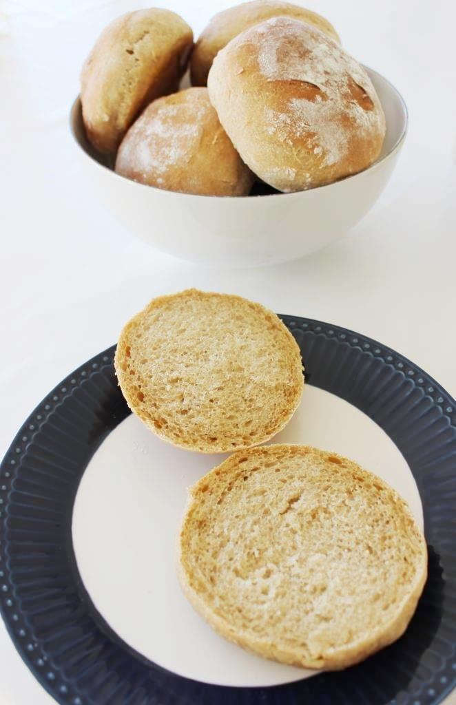 Küchenkränzchen Brötchen mit dem Salz-Hefe-Verfahren